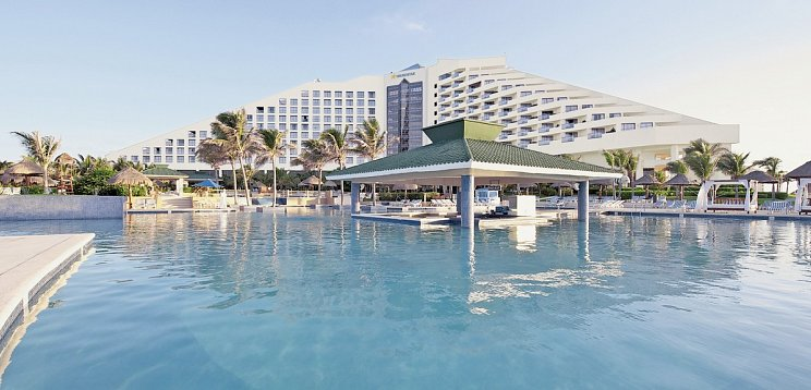 Iberostar Cancún Golf & Spa Resort