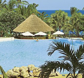 Leisure Lodge Beach & Golf Resort