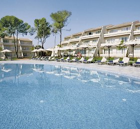 Blau Privilege Porto Petro Beach Resort & Spa